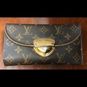 Louis Vuitton Ladies Wallet
